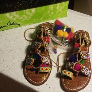 Sam Edelman Lisabeth pom pom sandals NIB 8.5